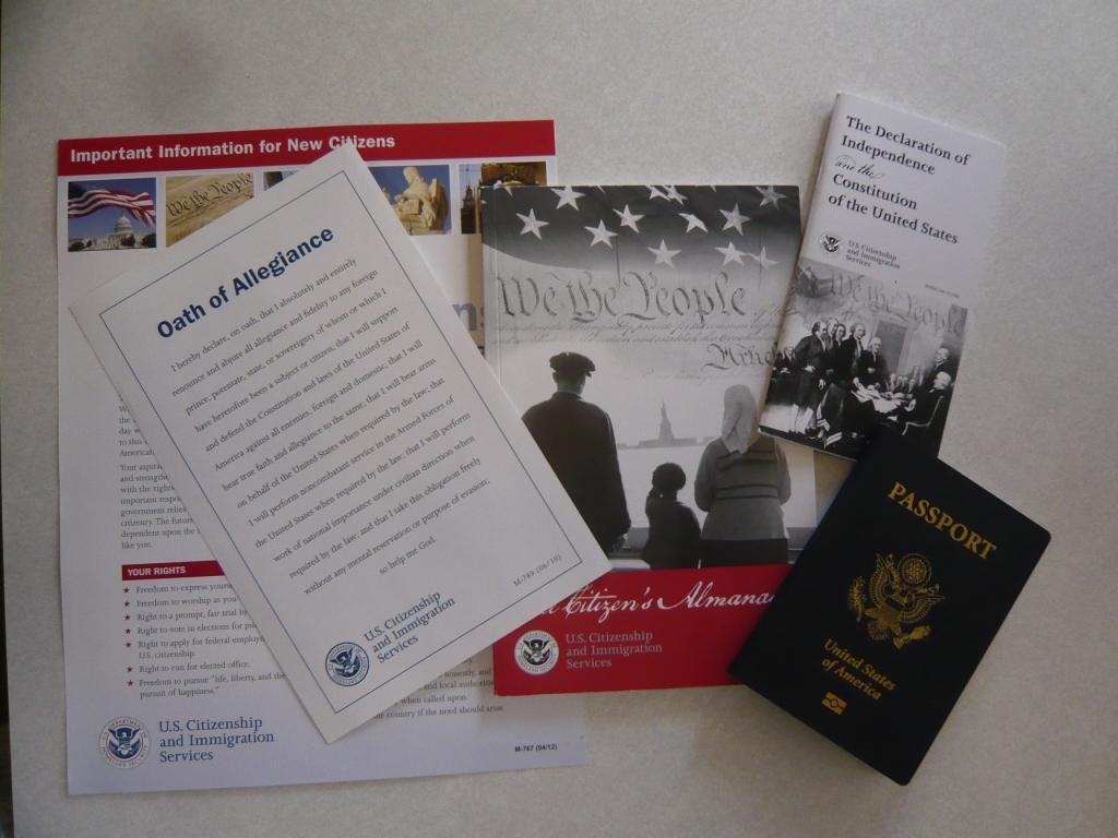 Becoming a US citizen and the modified oath